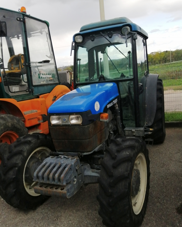 TRATTORE NEW HOLLAND TN 90 F